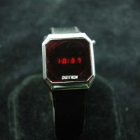 vintage LED watch NOS DIGITRON,
