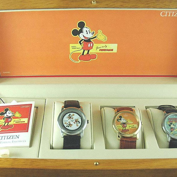 NOS CITIZEN DISNEY MICKEY MOUSE LIMITED EDITION 3 WATCH SET (2004),