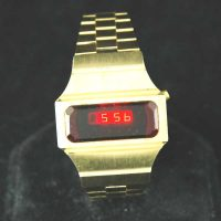 vintage LED watch MINTY CHUNKY Gold-Tone BENRUS