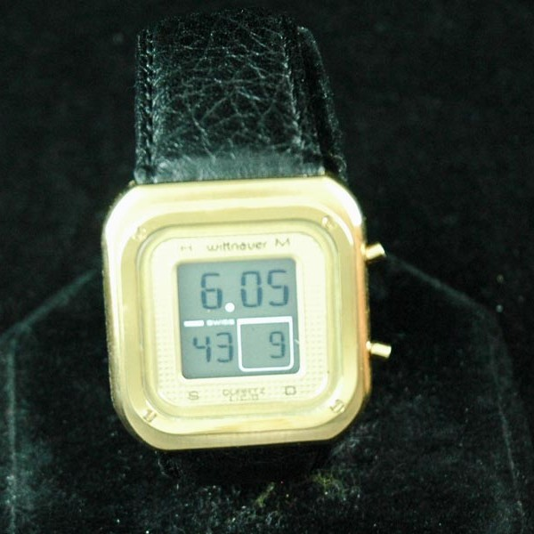 NOS WITTNAUER LCD